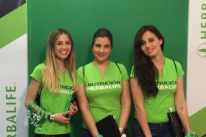 CHICAS PROMO HERBALIFE